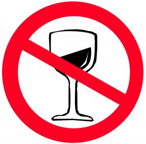 مدیرکل حوزه ریاست سازمان پزشکی قانونی:  هیچ آماری در خصوص شیوع و میزان مصرف الکل در کشور نداریم!